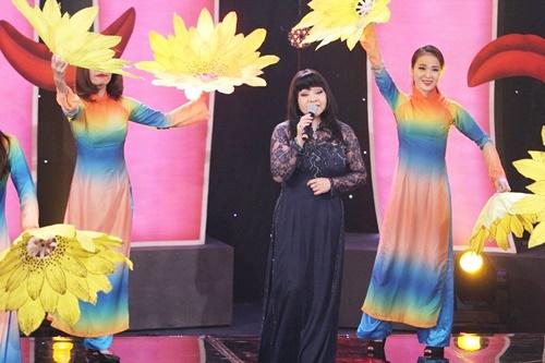 Hội ngộ danh hài: Trấn Thành rửa chân cho Việt Hương để cầu hôn - Ảnh 8