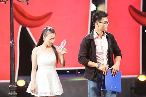 Hội ngộ danh hài: Trấn Thành rửa chân cho Việt Hương để cầu hôn - Ảnh 6