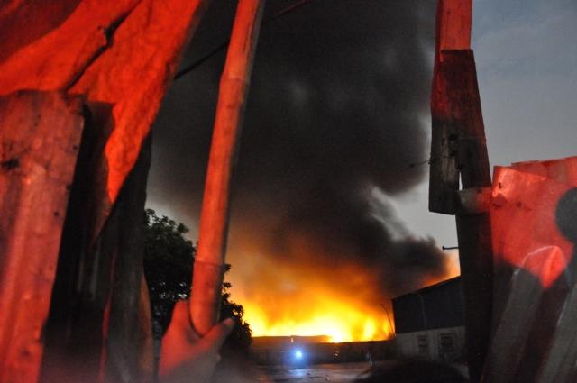 Cháy lớn khu xử lý chất thải rắn Gò Cát nằm trên QL1A - Ảnh 5