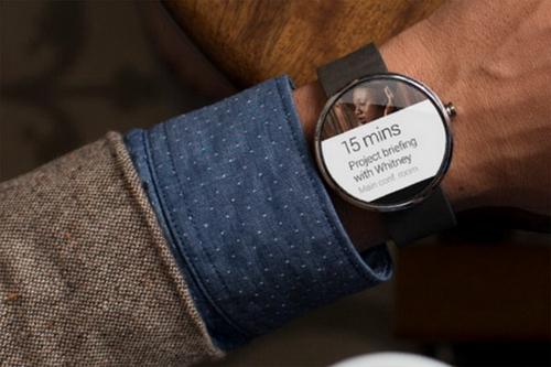 """Lộ diện đồng hồ thông minh """"cực chất"""" của Motorola - Ảnh 1"""