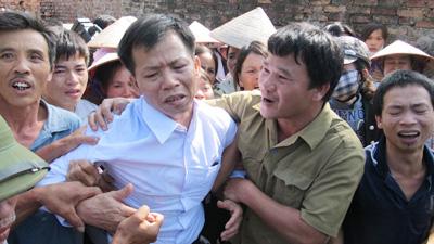 Án oan Nguyễn Thanh Chấn: Cán bộ làm sai đối mặt 15 năm tù? - Ảnh 1