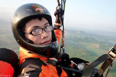 Mạo hiểm cùng dù lượn và niềm đam mê chinh phục bầu trời  - Ảnh 1