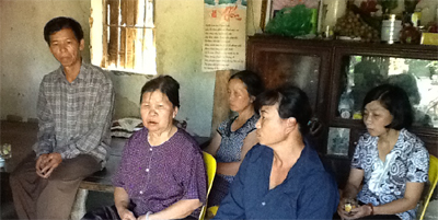 Vợ cán bộ gây oan sai đến xin lỗi gia đình ông Nguyễn Thanh Chấn - Ảnh 1