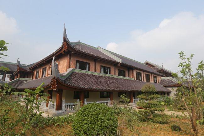 Chiêm ngưỡng nhà khách 5 sao toàn gỗ quý ở chùa Bái Đính - Ảnh 1