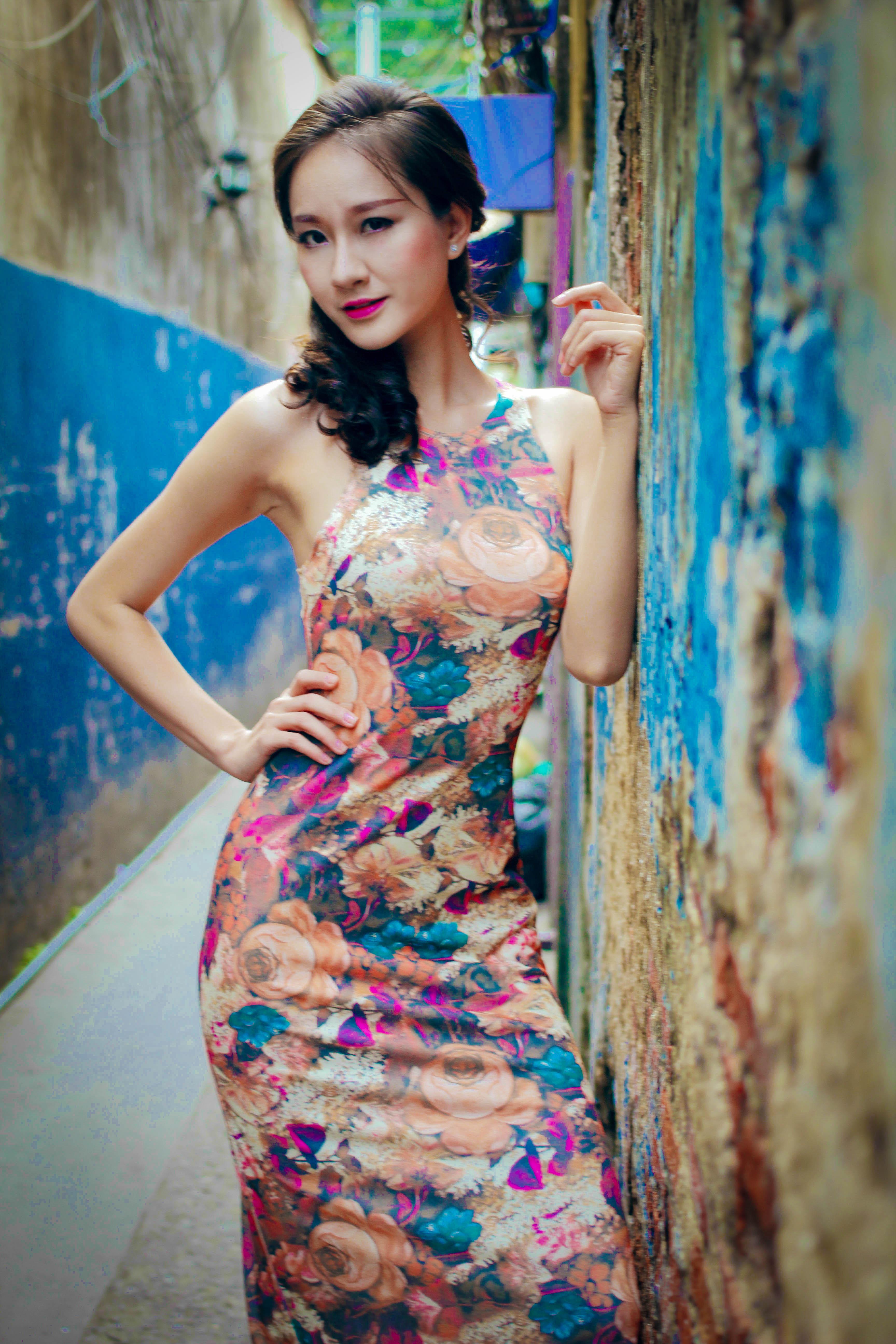 Bạn gái diễn viên Thái Chí Hùng quyến rũ đón thu - Ảnh 7