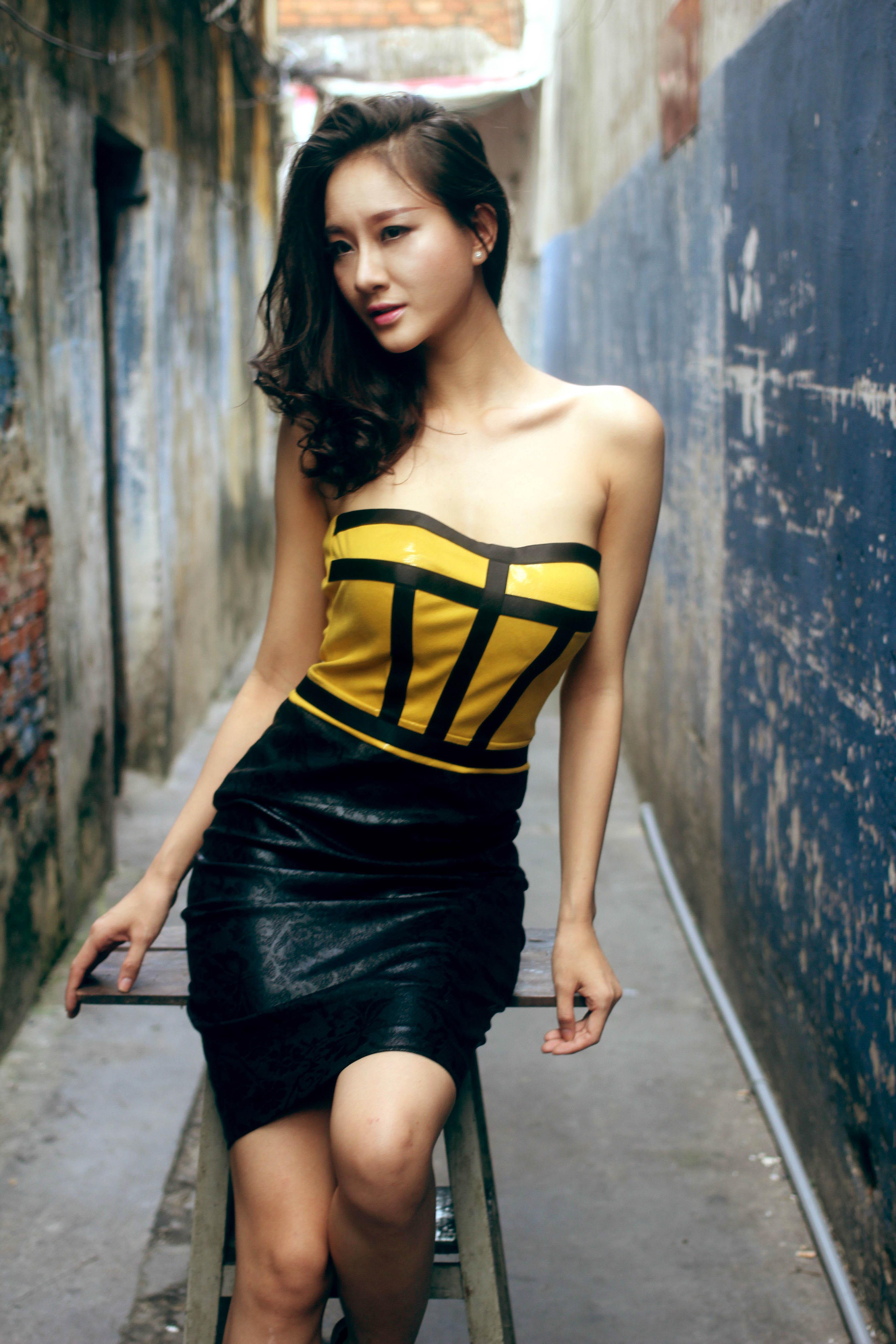 Bạn gái diễn viên Thái Chí Hùng quyến rũ đón thu - Ảnh 5