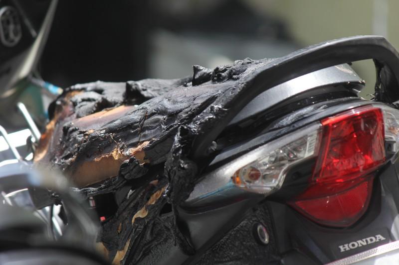 TP.HCM: Cháy chi nhánh ngân hàng, một người bị bỏng nặng - Ảnh 1