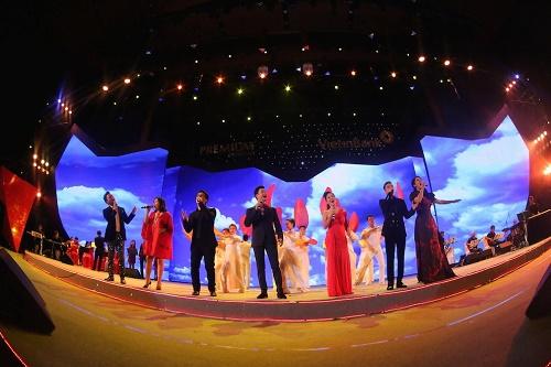 """Hồng Nhung phiêu trong """"Live concert – Đỏ"""" - Ảnh 5"""