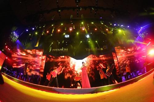 """Hồng Nhung phiêu trong """"Live concert – Đỏ"""" - Ảnh 2"""