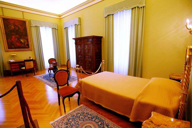 Giáo hoàng Francis từ chối nghỉ dưỡng trong biệt thự xa hoa - Ảnh 2