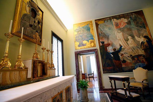 Giáo hoàng Francis từ chối nghỉ dưỡng trong biệt thự xa hoa - Ảnh 8