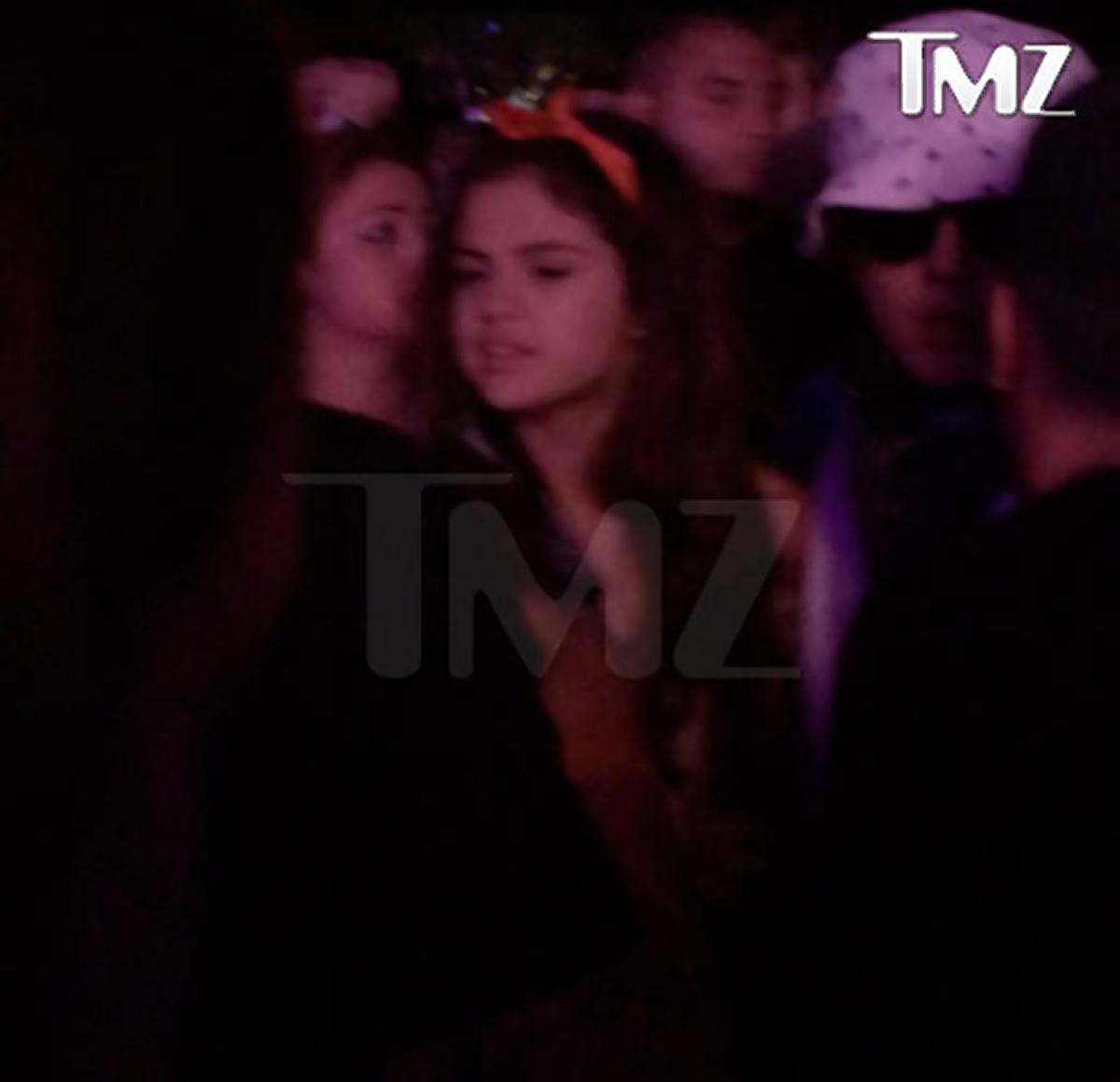 Justin Bieber và Selena Gomez thân mật tại lễ hội Coachella - Ảnh 2