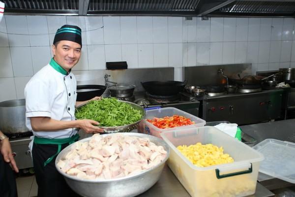 Sao nam trổ tài nấu nướng đảm đang hơn cả mỹ nhân Việt - Ảnh 3