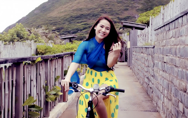 Sao Việt thướt tha, dịu dàng với váy maxi  - Ảnh 8