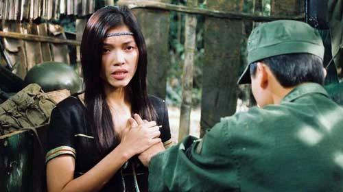 Những chiêu thức quay cảnh nóng chỉ có ở phim Việt - Ảnh 2
