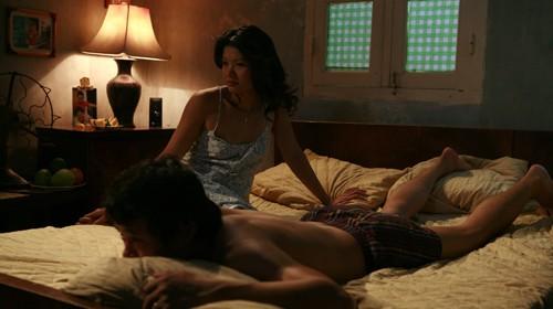 Những chiêu thức quay cảnh nóng chỉ có ở phim Việt - Ảnh 5