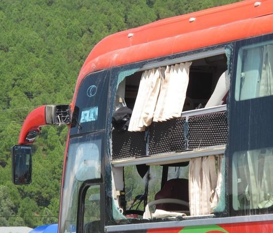 Vụ nổ trên xe khách: Chủ nhân số điện thoại trên gói hàng nói gì? - Ảnh 1
