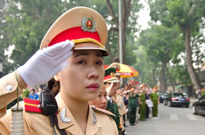 10 hình ảnh khó quên trong lễ tang Đại tướng - Ảnh 7