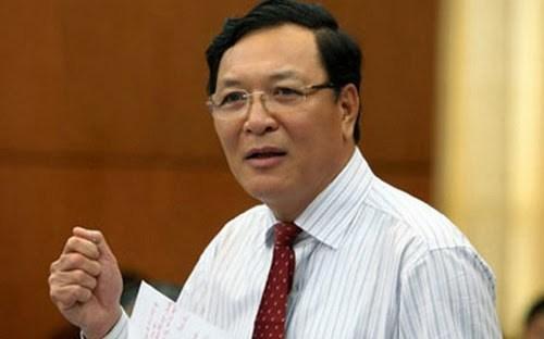 Bộ trưởng GD&ĐT: Không có lợi ích nhóm trong biên soạn SGK - Ảnh 1