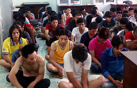 Vụ gây rối ở Bình Dương: Ngày mai, tòa xử bị cáo đầu tiên - Ảnh 1