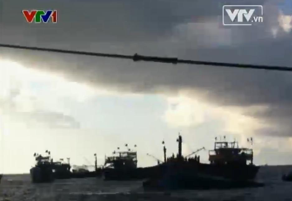Tin tức Biển Đông: Tàu Trung Quốc hung bạo đâm chìm tàu Việt Nam - Ảnh 3