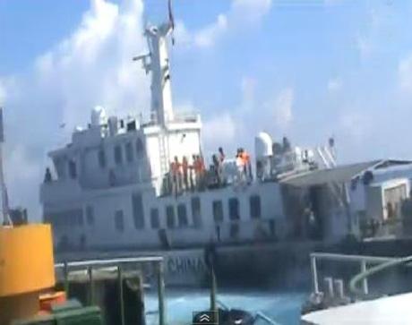 Tình hình Biển Đông: TQ hành hung tàn bạo 2 ngư dân VN - Ảnh 1