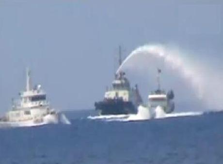 Tình hình Biển Đông: TQ hành hung tàn bạo 2 ngư dân VN - Ảnh 2
