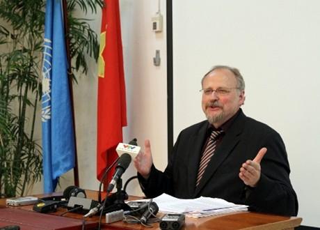Báo cáo viên LHQ đánh giá cao tiến triển của VN về tôn giáo - Ảnh 1