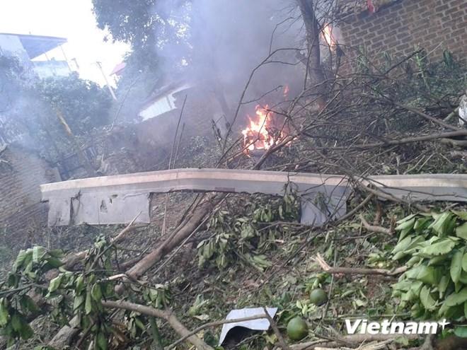 Hình ảnh vụ máy bay rơi ở Hòa Lạc, 17 chiến sỹ hy sinh - Ảnh 2