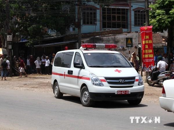Máy bay rơi ở Hòa Lạc: Huy động thầy thuốc giỏi cứu chữa nạn nhân - Ảnh 1