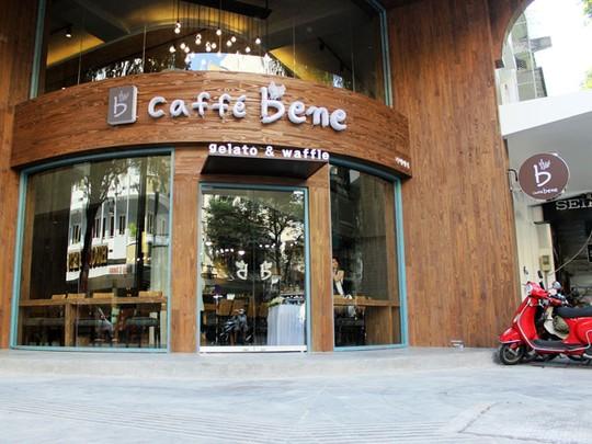 """""""Náo động"""" vì quán cà phê Hàn Quốc khai trương - Ảnh 1"""