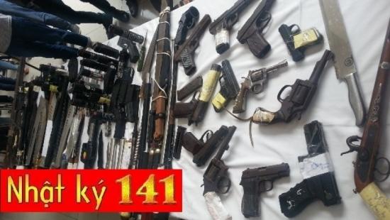 """Kho vũ khí """"khủng"""" của 141 thu giữ từ tội phạm - Ảnh 1"""