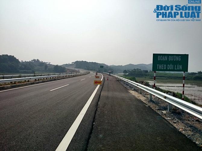 """Bộ trưởng Nên: """"Vết nứt trên cao tốc Nội Bài- Lào Cai không lạ"""" - Ảnh 1"""