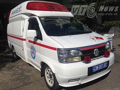 Ông Nguyễn Bá Thanh về nước: Xe cấp cứu hiện đại được điều động - Ảnh 1