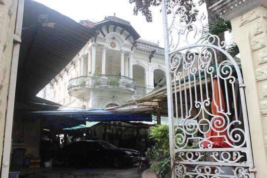 Biệt thự 100 tuổi giữa Sài Gòn được rao bán hơn 700 tỷ - Ảnh 11