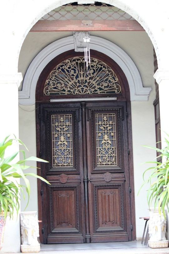 Biệt thự 100 tuổi giữa Sài Gòn được rao bán hơn 700 tỷ - Ảnh 7
