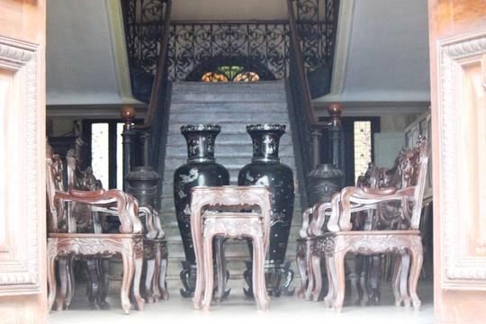 Biệt thự 100 tuổi giữa Sài Gòn được rao bán hơn 700 tỷ - Ảnh 8