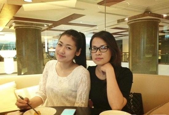 Ngắm những bà mẹ xinh đẹp, trẻ trung của sao Việt - Ảnh 9
