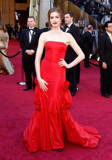 Những thiết kế của Oscar de la Renta giúp Sao Hollywood tỏa sáng - Ảnh 7