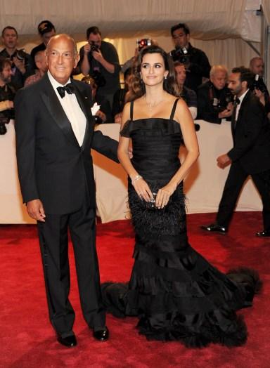 Những thiết kế của Oscar de la Renta giúp Sao Hollywood tỏa sáng - Ảnh 6