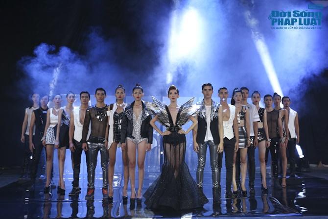 """Xuân Lan hóa """"phù thủy quyền lực"""" trong Vietnam's Next Top Model - Ảnh 15"""