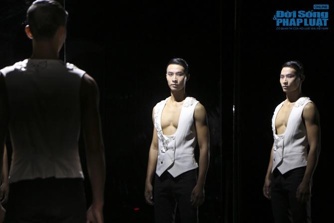 """Xuân Lan hóa """"phù thủy quyền lực"""" trong Vietnam's Next Top Model - Ảnh 8"""