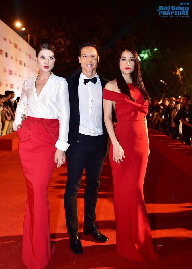 Dàn sao lộng lẫy trên thảm đỏ LHP Quốc tế Hà Nội 2014 - Ảnh 4