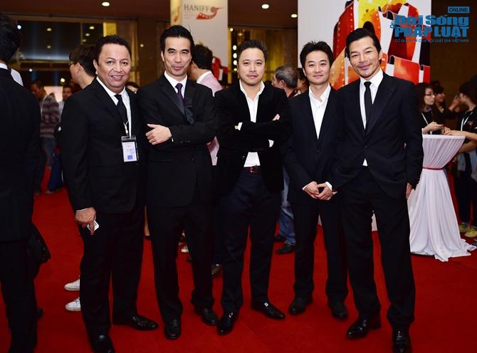 Dàn sao lộng lẫy trên thảm đỏ LHP Quốc tế Hà Nội 2014 - Ảnh 9