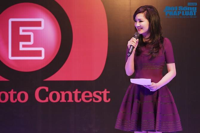 Hoa hậu Giáng My trẻ trung xinh đẹp đi làm MC - Ảnh 9