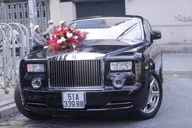 """Rolls-Royce Phantom rồng """"cực độc"""" của Lam Trường - Ảnh 1"""