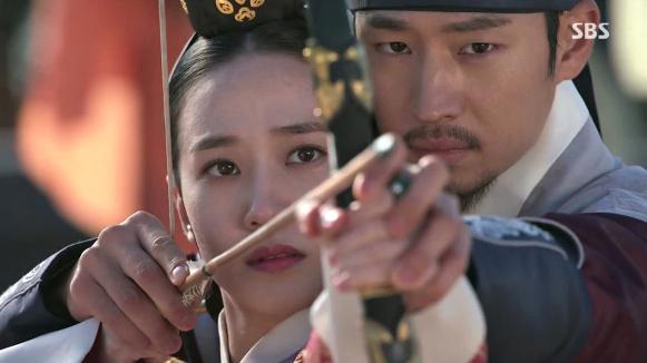 """Cặp đôi """"Pinocchio"""" được đề cử giải Cặp đôi đẹp nhất 2014 - Ảnh 11"""
