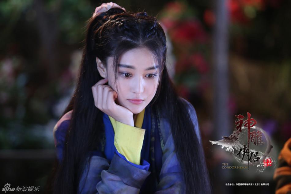 """Nhan sắc """"ăn đứt"""" Tiểu Long Nữ của Lý Mạc Sầu Trương Hinh Dư - Ảnh 4"""