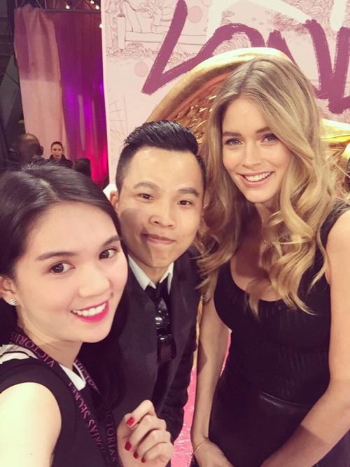 Ngọc Trinh rạng rỡ khoe sắc cùng Hoa hậu Anh Amy Willerton - Ảnh 8