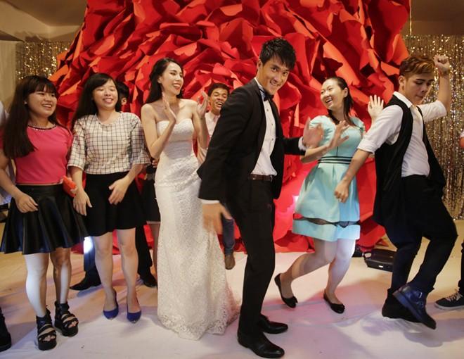 Những hình ảnh đẹp trong đám cưới cuối năm của showbiz Việt - Ảnh 5